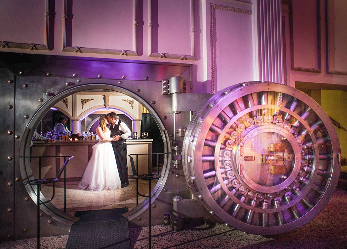 The Treasury On The Plaza - Photo: Life & Love Studio